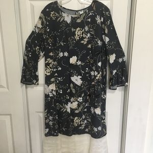Old Navy gray and ivory dress